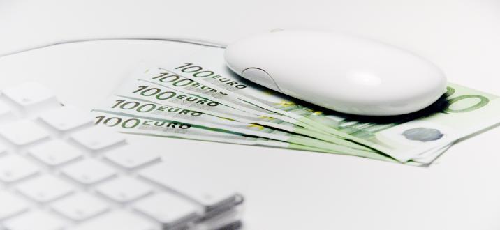 Souris argent banque en ligne