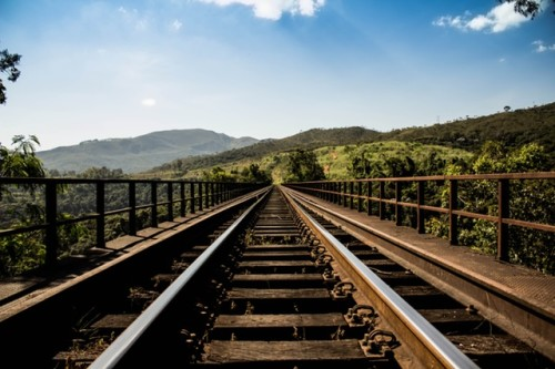 rails train revenus alternatifs