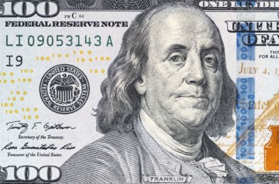 Portrait Benjamin Franklin billet 100 dollars finances