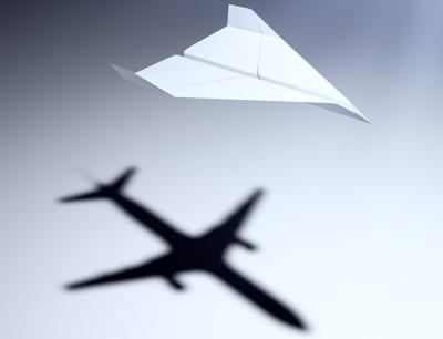 Avion papier low cost voyager