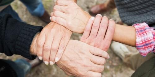 mains transmission patrimoine