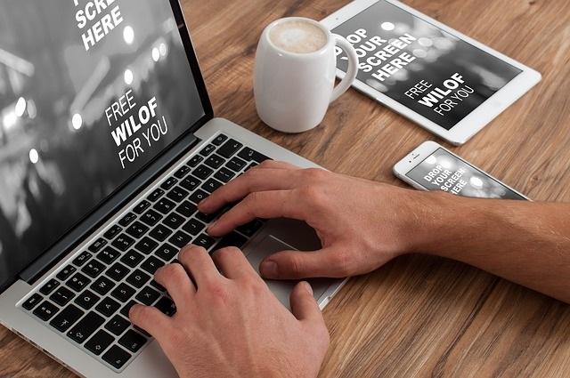 Arrondir ses fins de mois en devenant freelance : est-ce vraiment une bonne idée ?